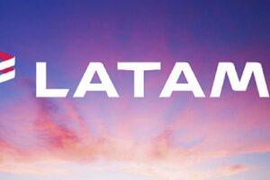 ¿En qué consiste el curso para tripulantes de cabina en LATAM?